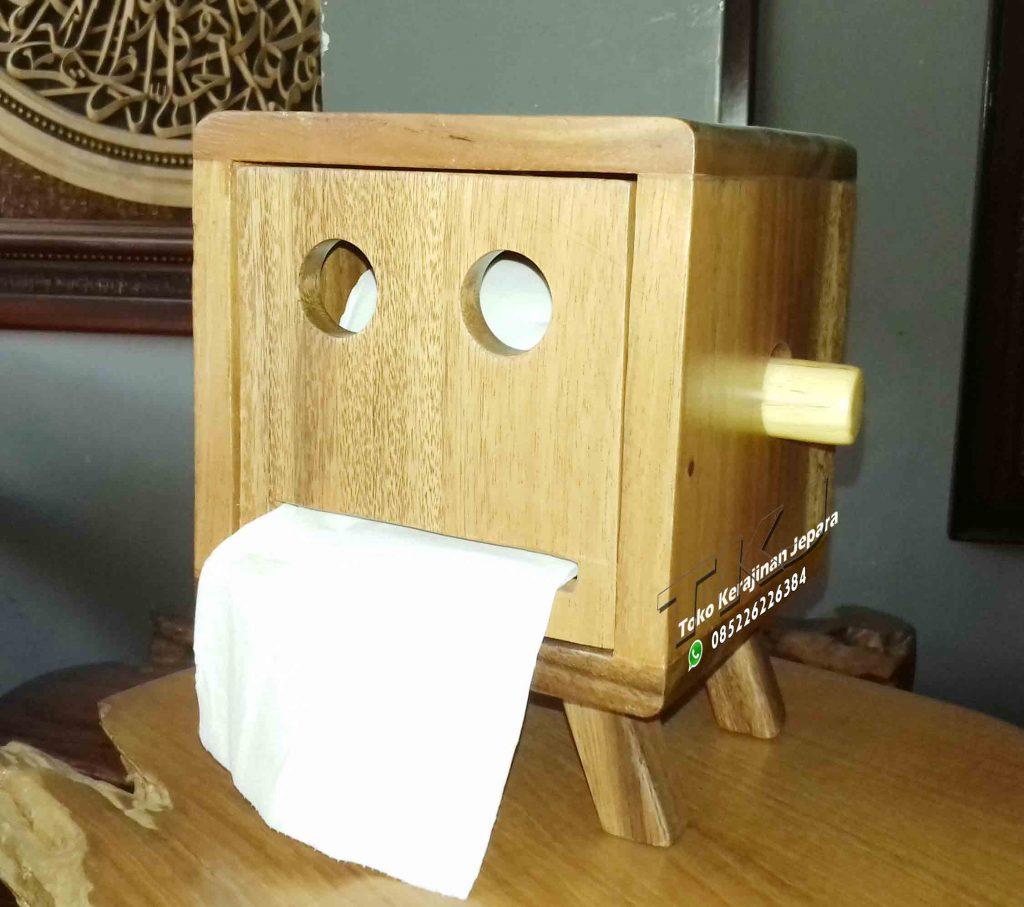 tempat tisu dari kayu